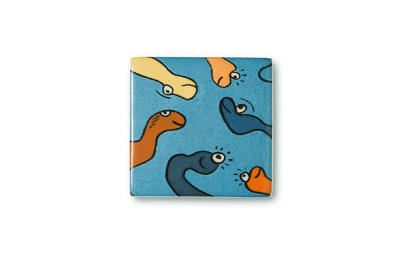 handmade-ceramic-paintings-snakes-on-a-box