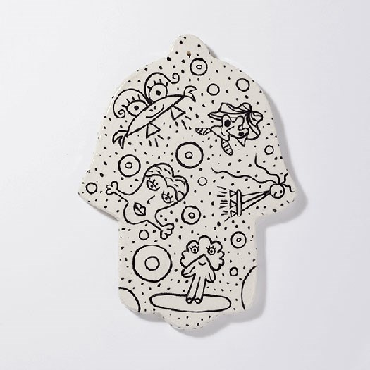 hamsa-khamsa-amulet-ceramic-enjoying-freedom
